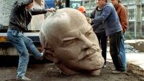 berlin-lenin-statue-lost.si